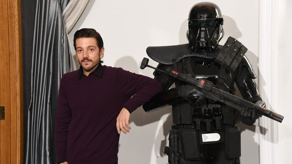 Diego Luna attends the 'Rogue One: A Star Wars Story' photocall at The Corinthia Hotel on December 14, 2016 in London, England.