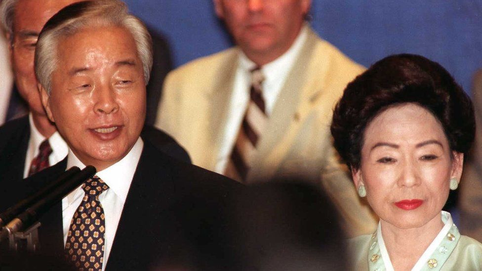 A file picture taken on September 2, 1996 shows then South Korean President Kim Young Sam and First Lady Sohn Hyung-Soon
