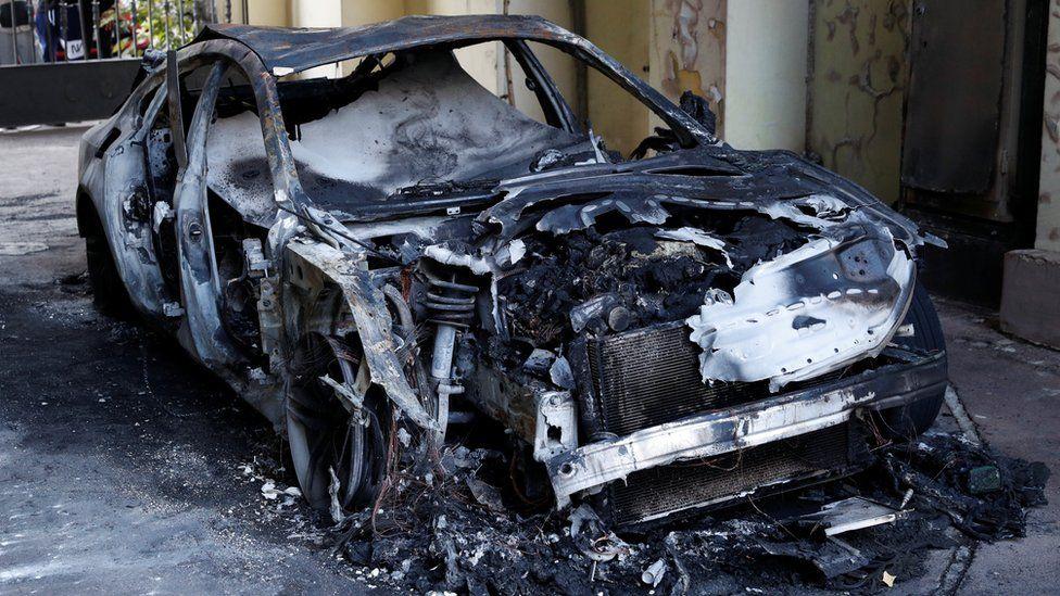 A burnt car in Kiev belonging to a family member of former Governor of Ukraine's Central Bank Valeria Gontareva