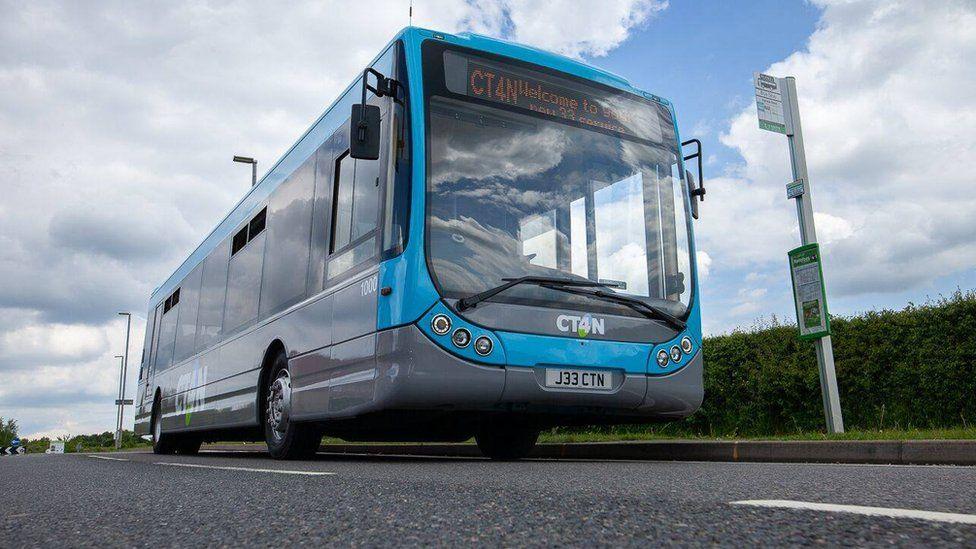 A CT4N bus