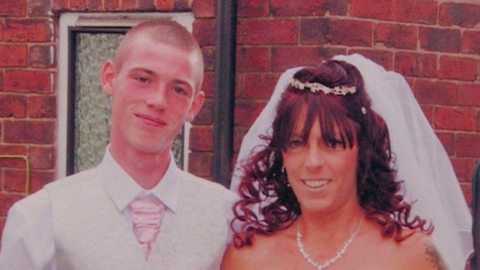 HMP Nottingham death: Mother of hanged prisoner criticises jail