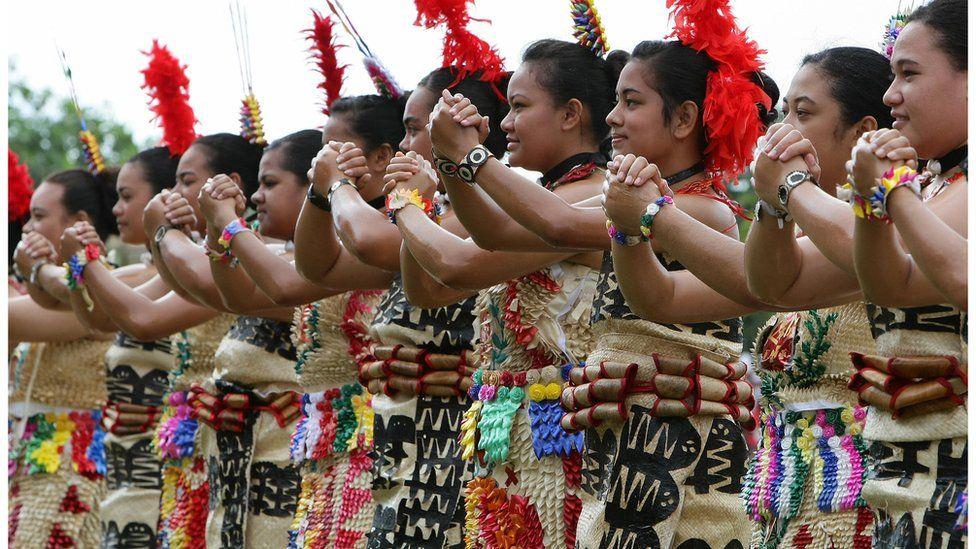 Tonga dancers