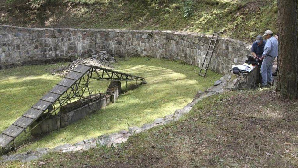 El túnel hecho con cucharas por prisioneros judíos que salvó sus vidas de los nazis