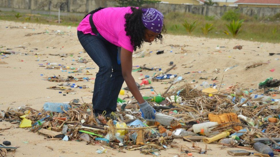 Rubbish being collected on Elegushi beach