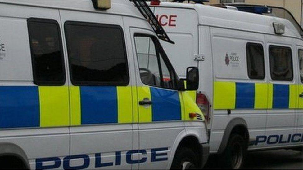 Surrey Police vans (generic)