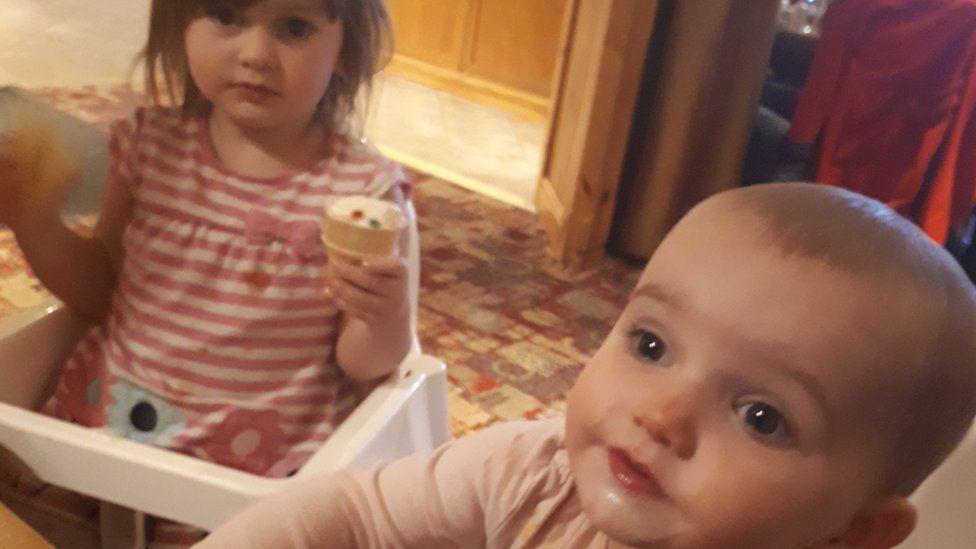 Lexi (L) and Scarlett (R)