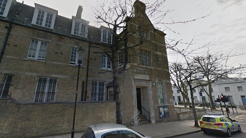 Notting Hill Police Station