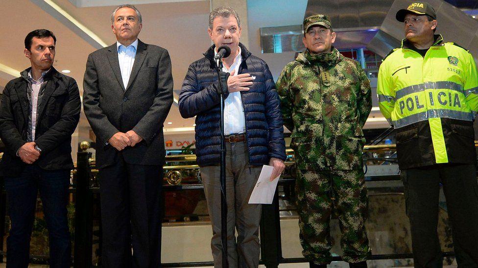 President Santos at the Andino shopping centre