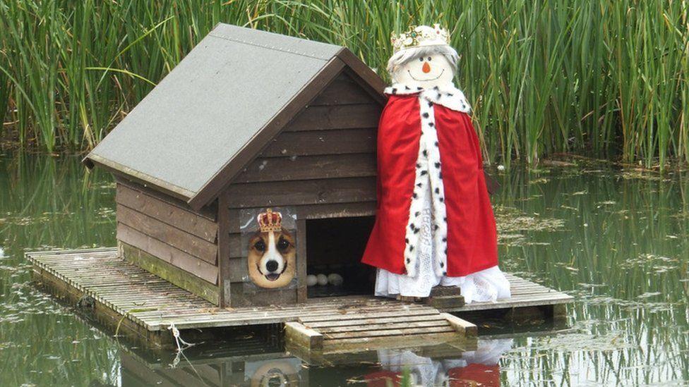 Duck pond in Otford Village, Sevenoaks, Kent. Credit: Maureen Talbot