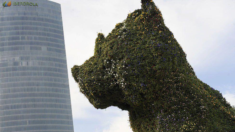 Jeff Koons' sculpture 'Puppy