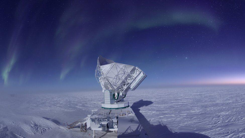 [Imagen: _94262992_southpoletelescopejasongallicc...hicago.jpg]