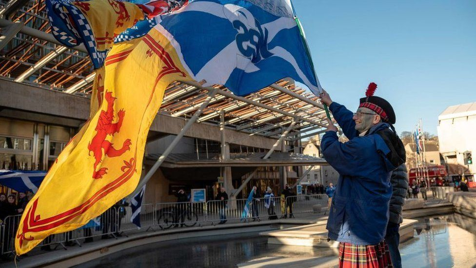 Independence supporter outside Scottish Parliament