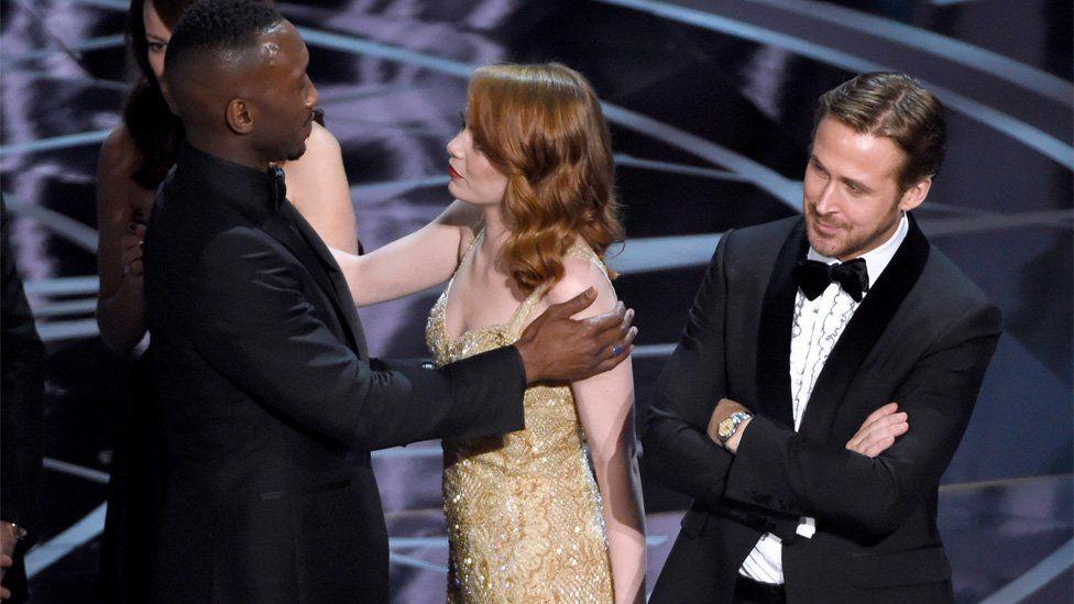 Mahershala Ali, Emma Stone and Ryan Gosling react to the mix-up