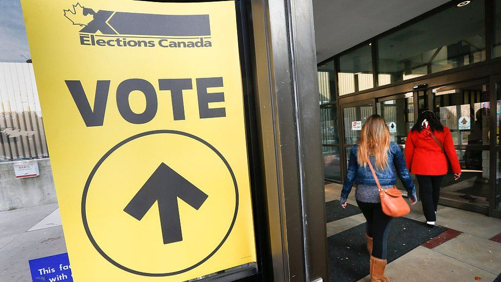 Federal election day in Canada, 2015