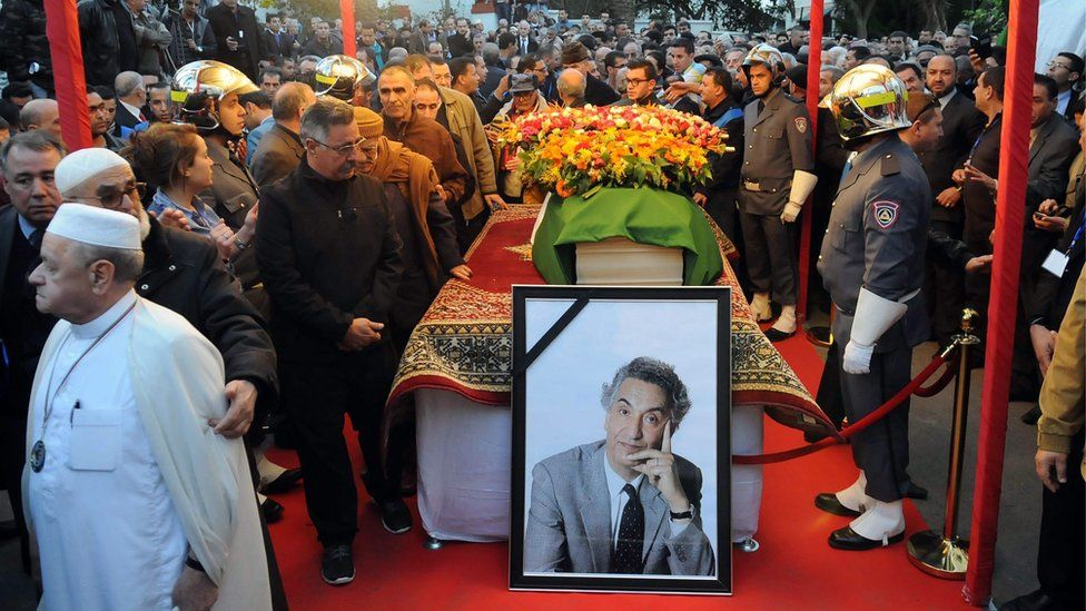 Algerians pay tribute to late Algerian opposition figure Hocine Ait-Ahmed
