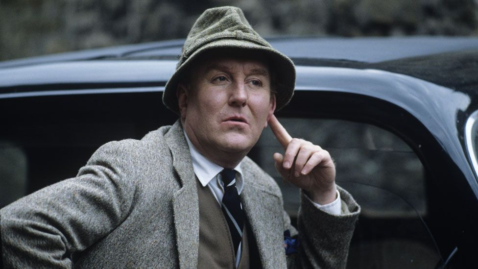 Robert Hardy in All Creatures Great and Small