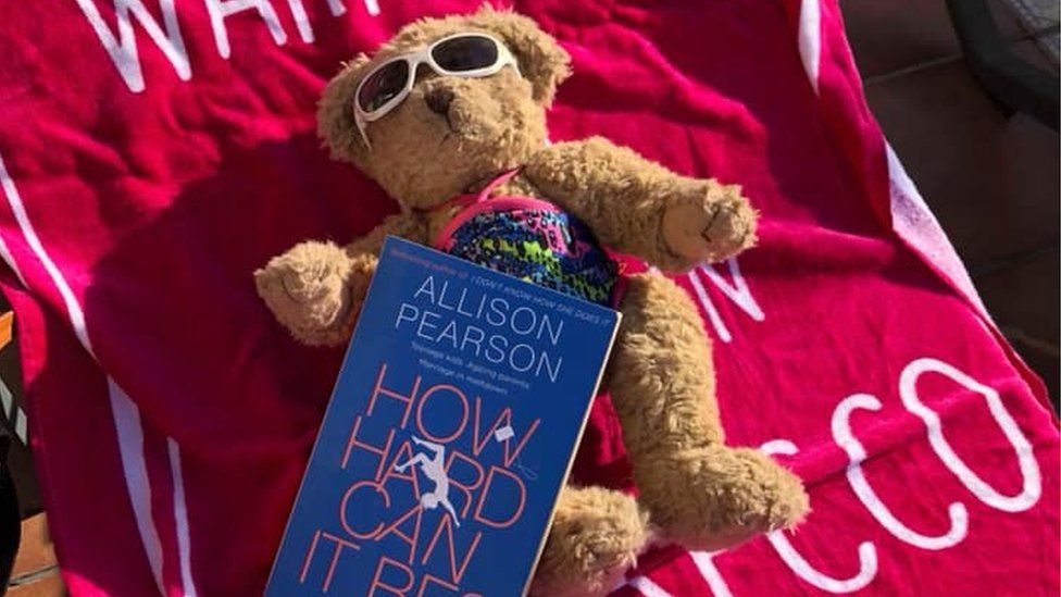 Flossy the Maghaberry Bear on holiday in Salou
