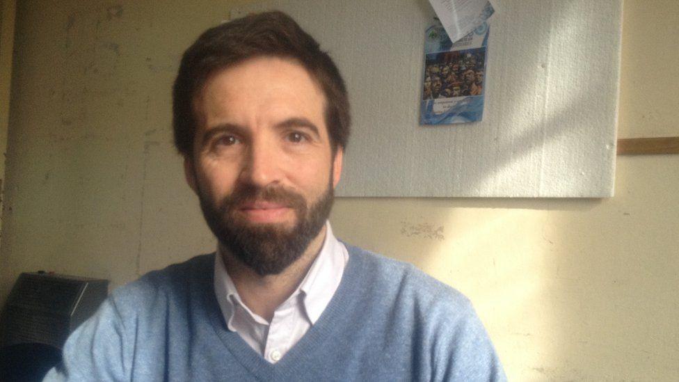 Dr Damian Verzenassi