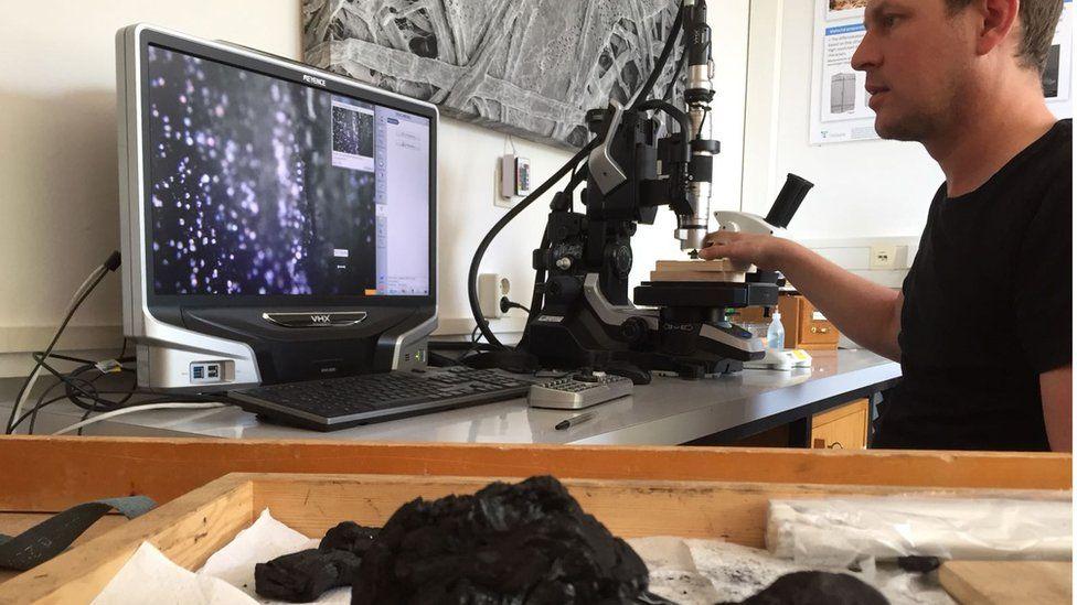 Volker Haag testing charcoal