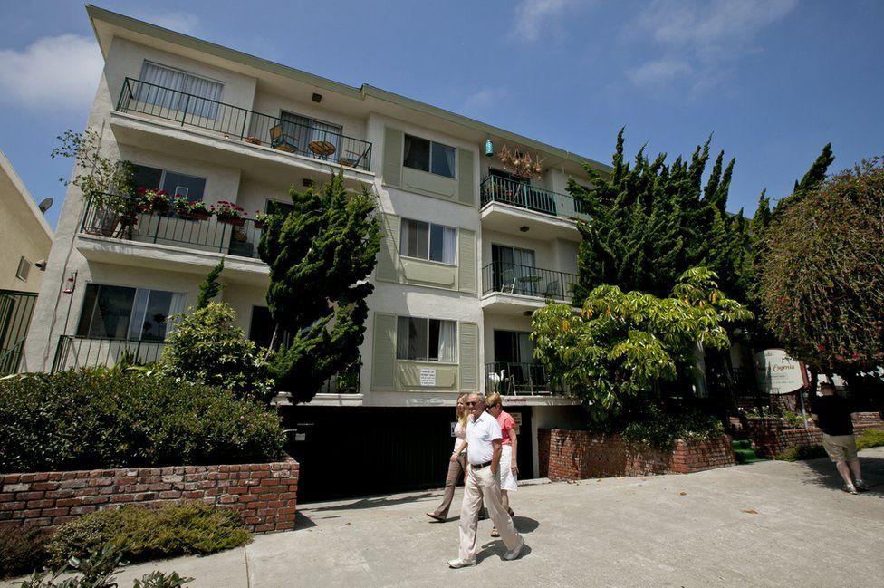 Whitey Bulger's apartment building in Santa Monica