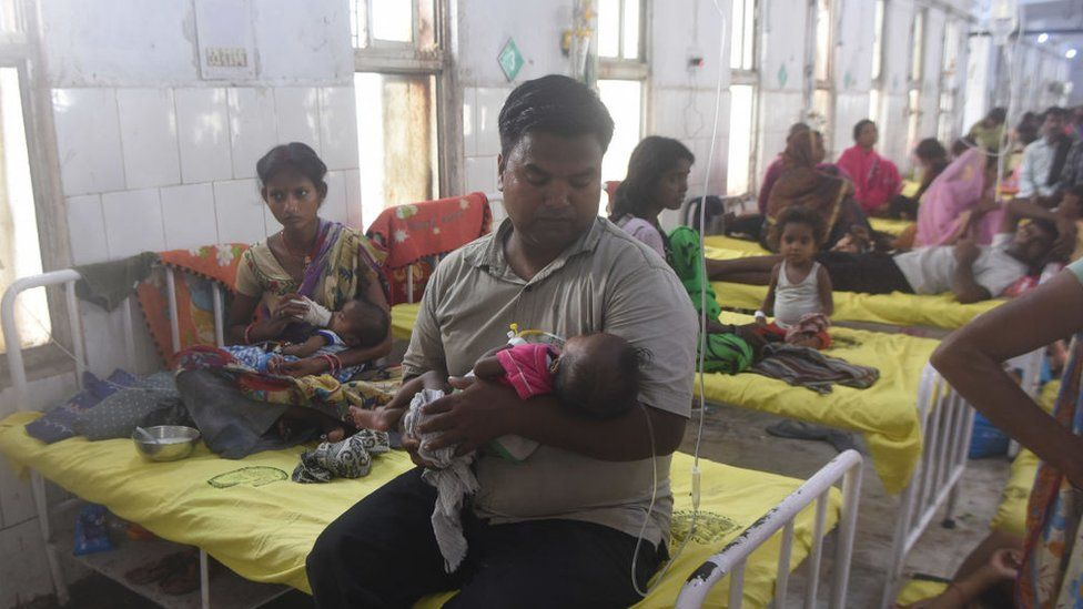 A view of the overcrowded paediatric ward of Sri Krishna Medical College and Hospital (SKMCH) on June 13, 2019 in Muzaffarpur, India.