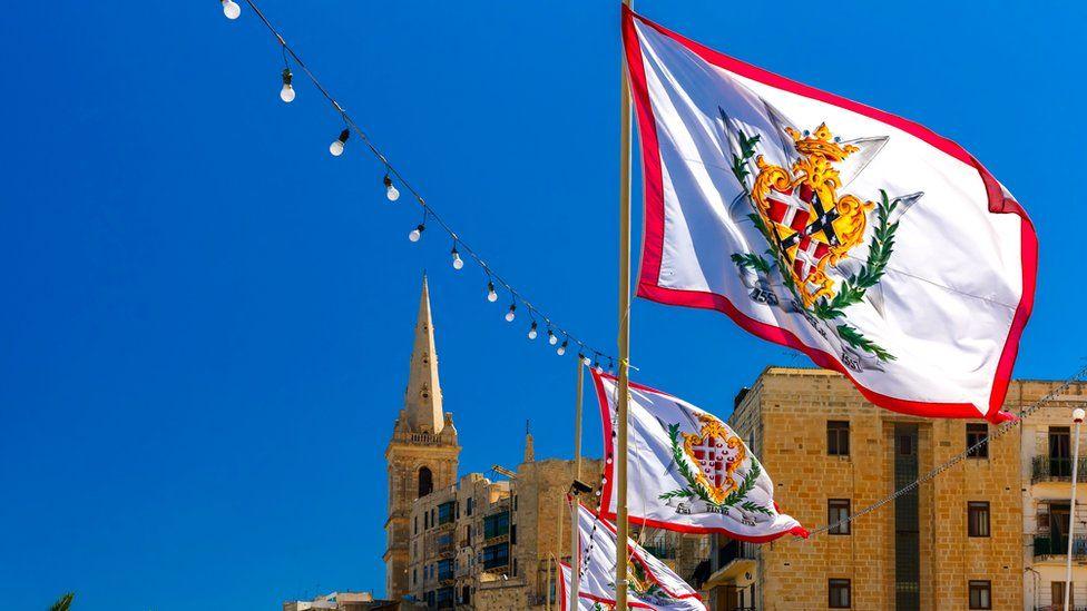 Орден госпитальеров был основан в 1099 году в Иерусалиме как римско-католическое рыцарское общество Мальта Мальта  104661503 malta2grandmasterflags