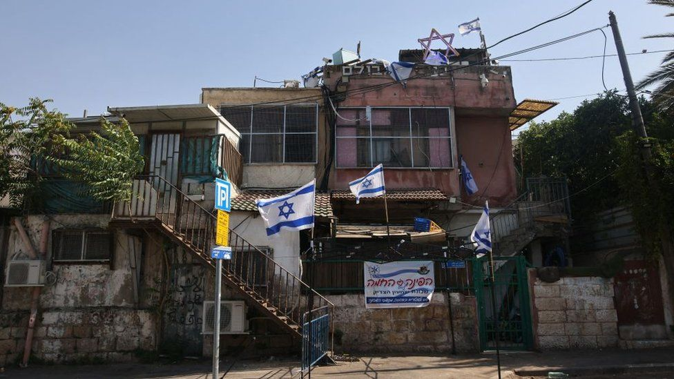 A house where Jewish settlers live in the Sheikh Jarrah district of occupied East Jerusalem (6 May 2021)