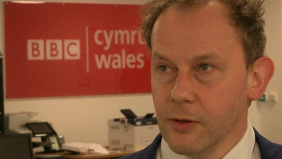 Gareth Bennett