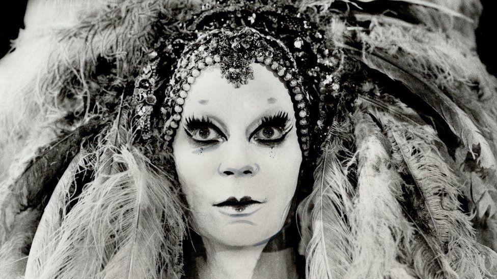 Lindsay Kemp performing as Salome in 1978