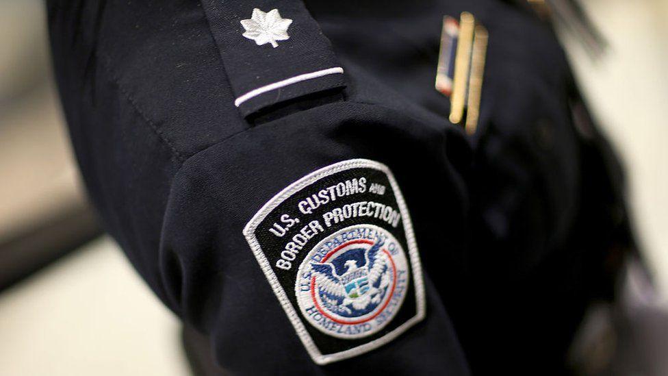 Passageiro clandestino em voo de Cuba para Miami é encontrado no compartimento de malas