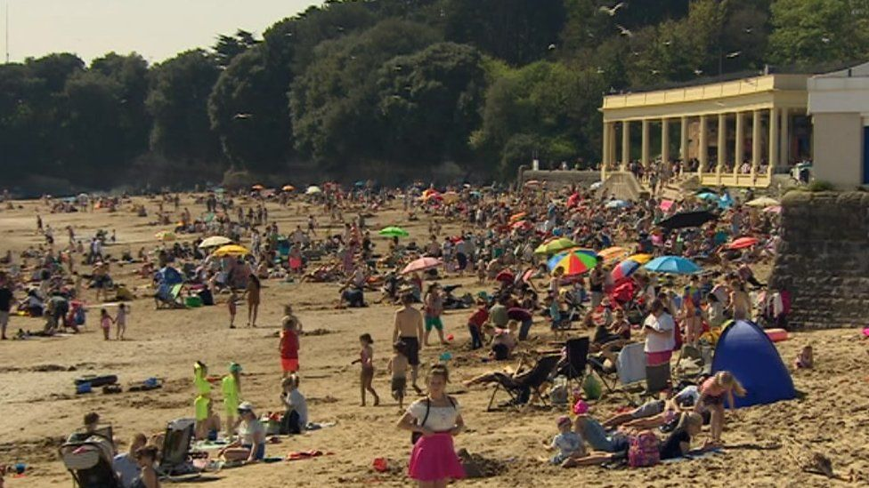 Barry Island has been busy over the Easter weekend with the good weather