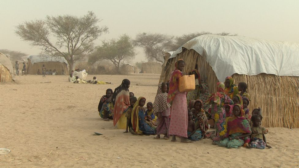 Chadians living in makeshift camps in Lake Chad
