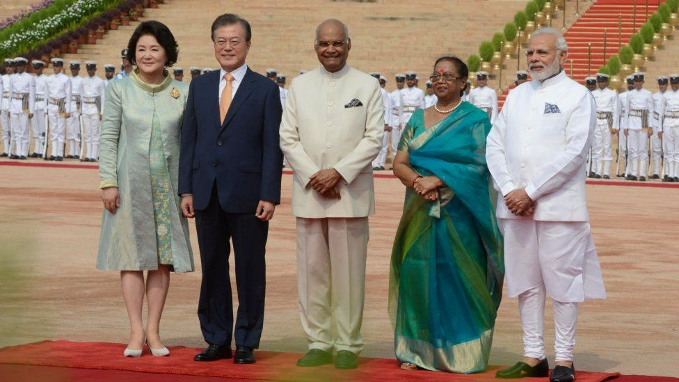 President of South Korea, Moon Jae-in with his wife Kim Jung-sook with President of India and his wife and Prime Minister of India, Narendra Modi in New Delhi