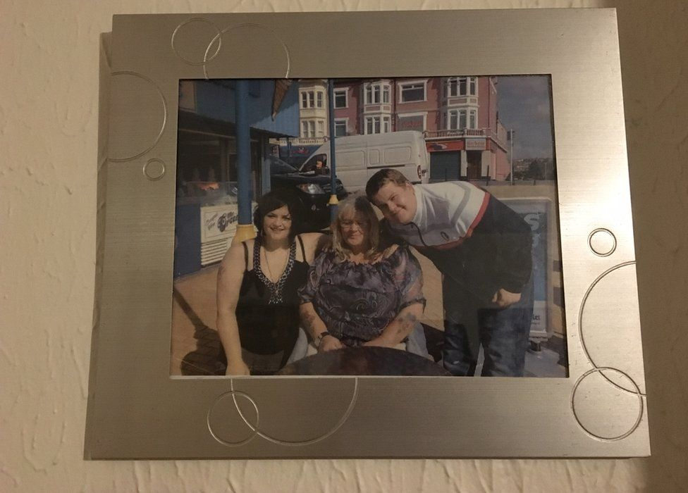 A picture of Glenda with Ruth Jones and James Corden