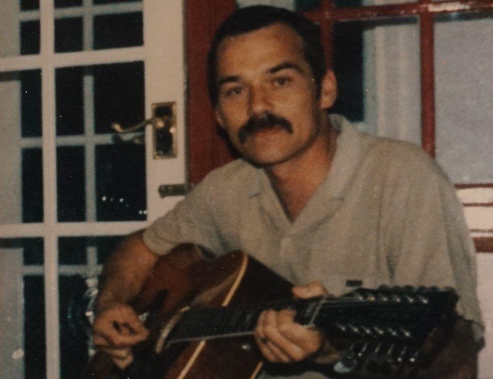 Barry Farrugia