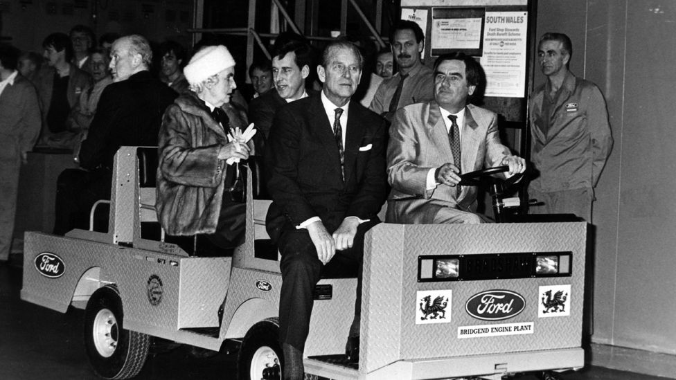 Prince Philip takes a tour around the plant in 1986
