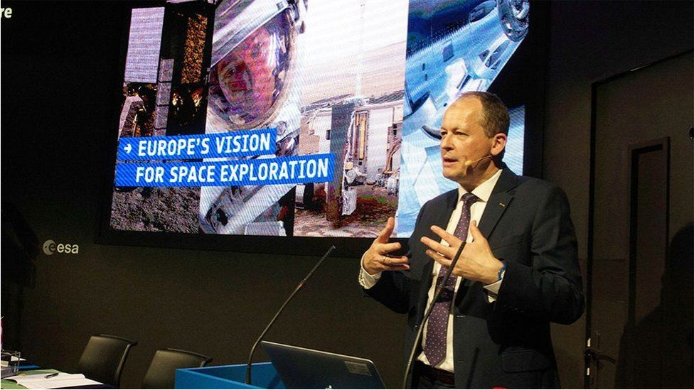 "Dr Parker: ""The objective"" is to see European astronauts on the Moon's surface"