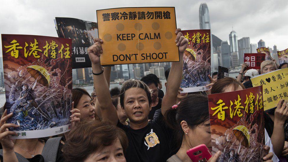 Hong Kong protesters using Bluetooth Bridgefy app