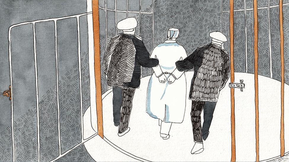 Русская тетя взрослая дома девушка лена парнями
