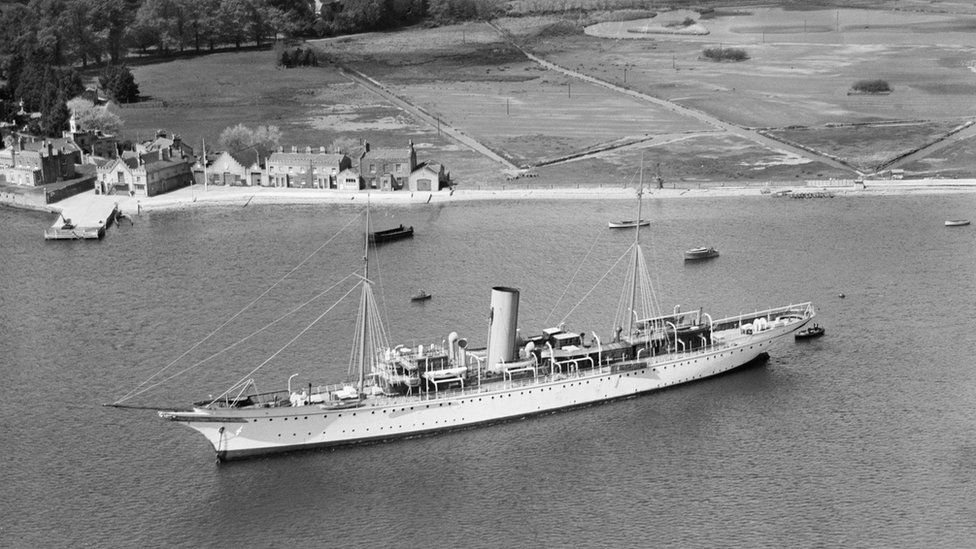 An aerial view of Montague Grahame-White's steam yacht Alacrity, Brownsea Island, Dorset, taken in April 1933