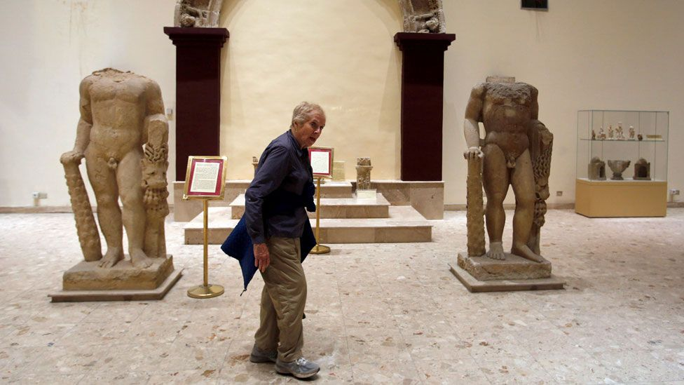 Tourists return to Iraq's museums