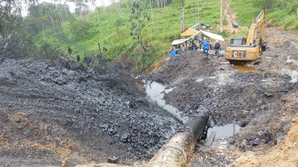 Photo of ruptured pipeline