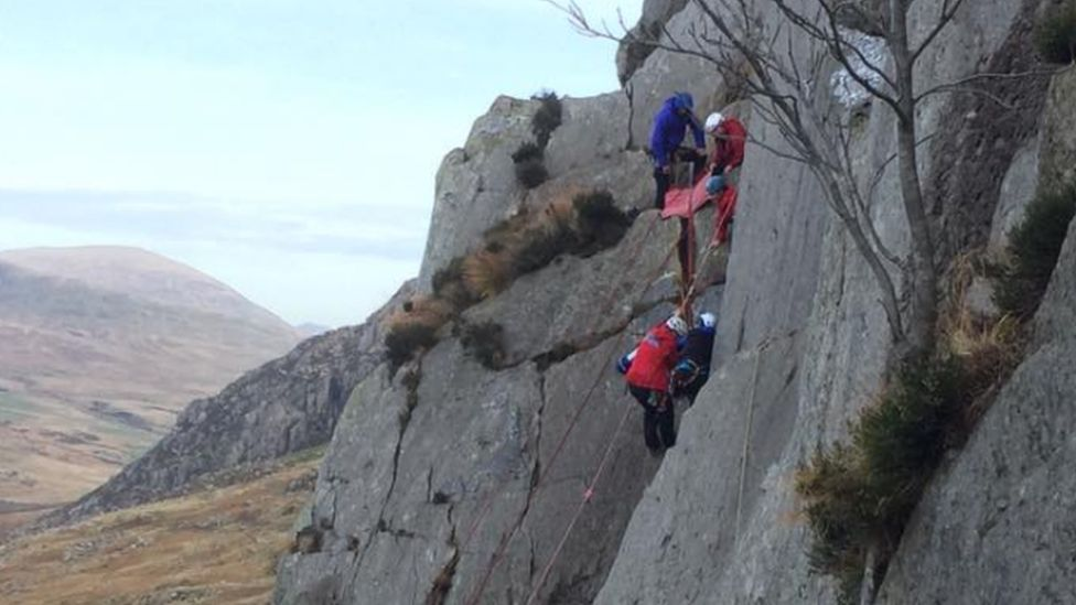 Woman rescued from cliff face
