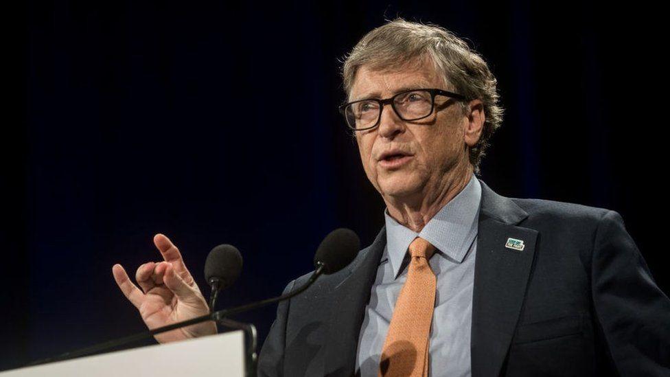 Bill Gates left Microsoft amid affair investigation thumbnail