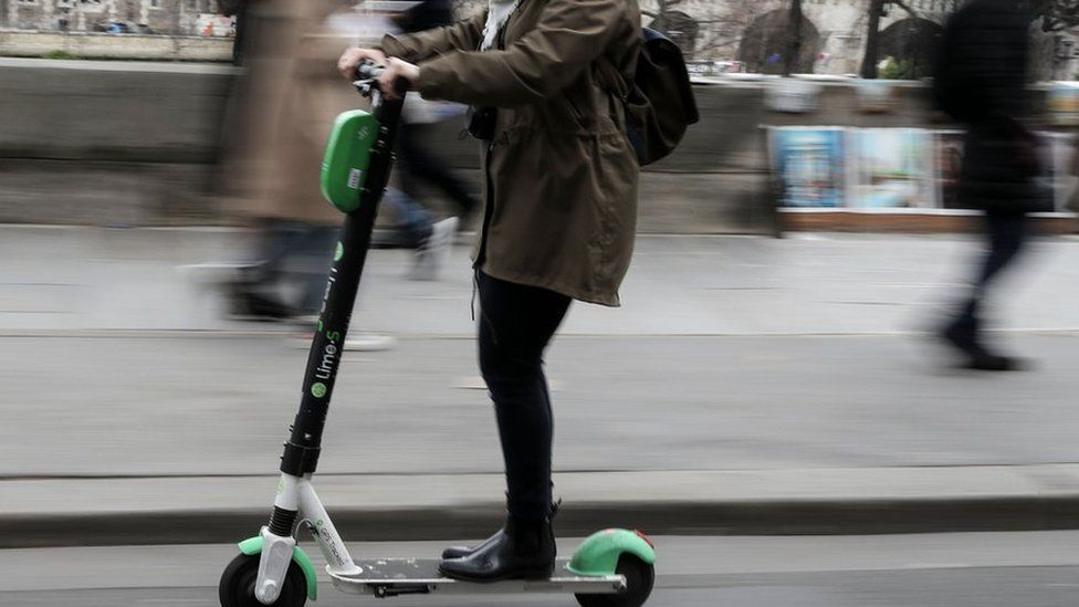 An electric scooter