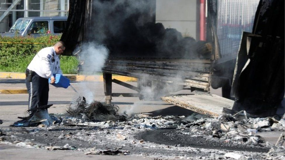 Aftermath of clashes between the Sinaloa cartel and police in the Mexican city of Culiacan, 18 October 2019