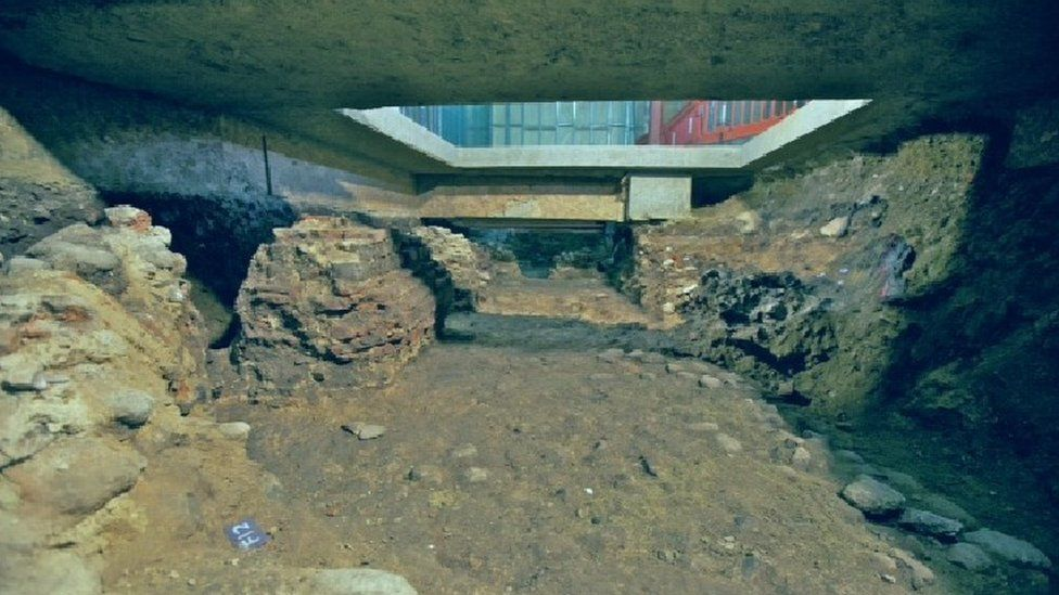 The remains of three of the arches are to go on display under three glass panels in Castle House