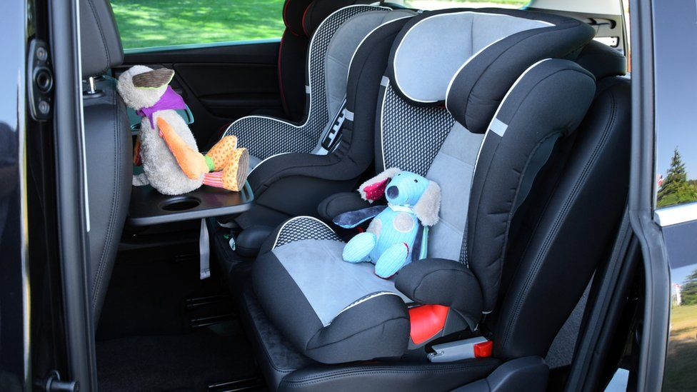 A forward facing child's car seat