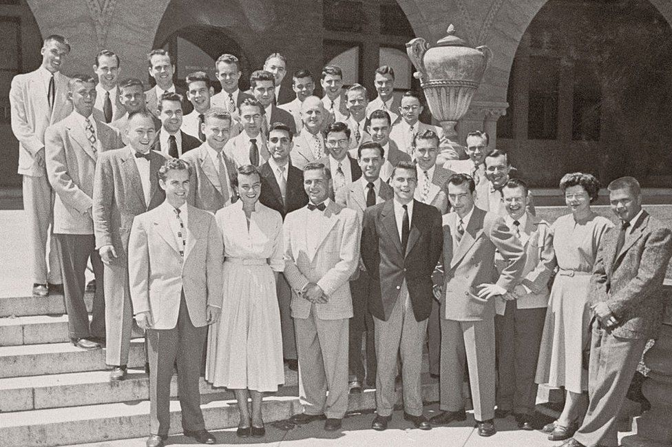 O'Connor (second from left, first row) and Rehnquist (back row, furthest left) studied at Stanford together