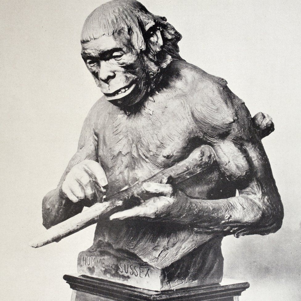 Statue of Piltdown Man